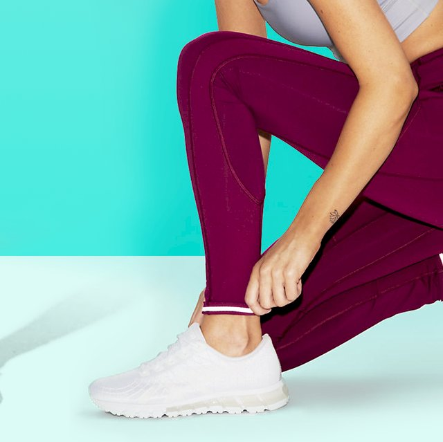 Are Compression Tights For Women Gradually Diminishing The Use Of Normal Undergarments? Find Out If This Transition Could Work For You