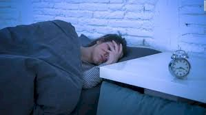 Sleep Anxiety & Insomnia: How to kick these disorders for a Good Night?