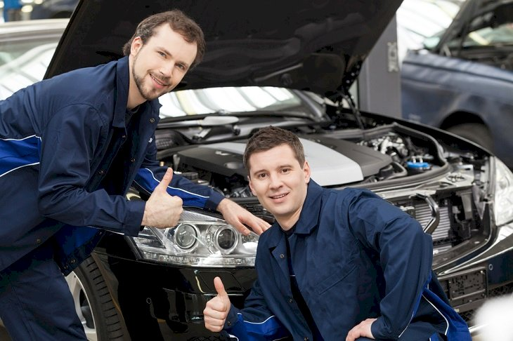 Essential Reasons to Avail the Services of An Expert Mechanic