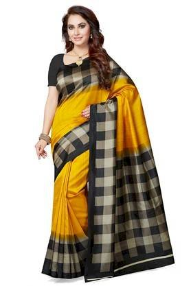 What Makes Fashion Enthusiasts Get Attracted towards Designer Sarees?